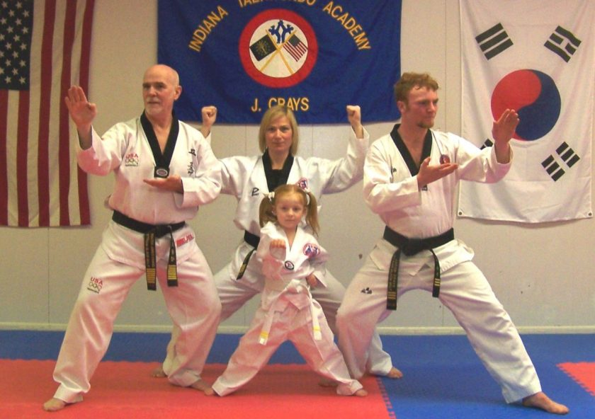 cropped-crays-tkd-family.jpg